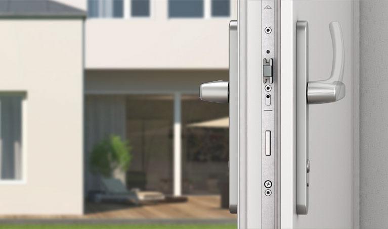 Ремонт пластиковых дверей ПВХ